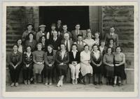Group photograph of Walter's Packing House staff